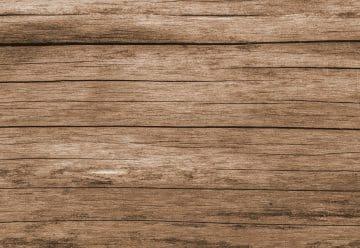 La terrasse en bois apporte un cachet supplémentaire à votre espace vert